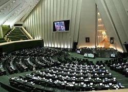 طرح سه فوریتی توقف مذاکرات هسته ای تقدیم هیات رییسه مجلس شد