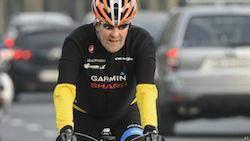 سانحه دوچرخه سواری، جان کری را روانه بیمارستان کرد