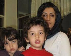نرگس محمدی: آقای دادستان! آیا تماس تلفنی مادر با فرزند، امنیت ملی را مخدوش میکند؟