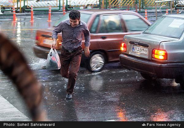 تصاویر: باران در انتهای تابستان