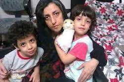 نرگس محمدی: ارتباطم را با فرزندان و همسرم کاملاً قطع کردهاند