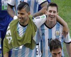 آگوئرو:پیراهن شماره 10 مسی را من میپوشم