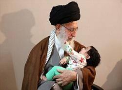 حاشیههای حضور رهبر انقلاب در منزل سردار شهید همدانی