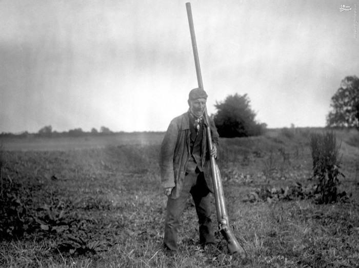 سلاحی عجیب برای شکار پرندگان+عکس