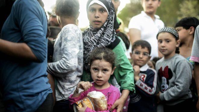 صلیب سرخ: پنج و نیم میلیون کودک سوری نیازمند کمک های فوری هستند