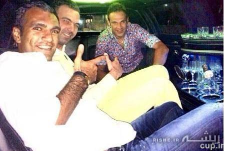 آقای فوتبالیست در اتومبیل گرانقیمتش+عکس