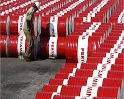 واکنش ایران بهآزادسازی صادرات نفت آمریکا/ چوب حراج بر نفت نمیزنیم