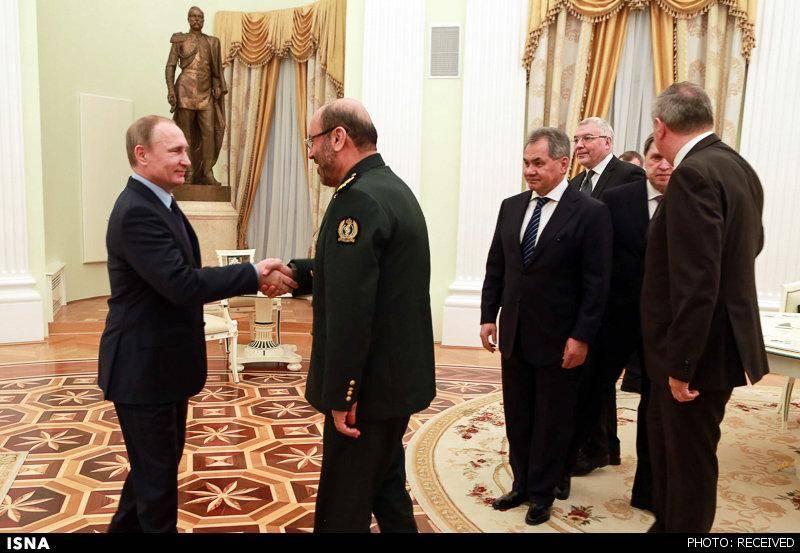 تصاویر: دیدار وزیر دفاع ایران با پوتین