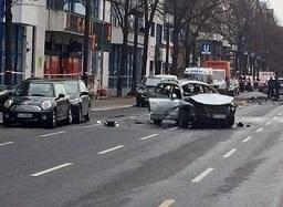 انفجار در برلین؛ دستکم یک کشته+ تصویر