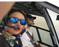 سلفی خانم بازیگر در کابین خلبان + عکس