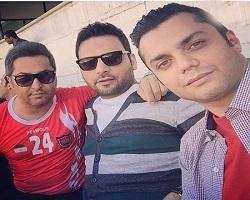 سلفی مجری معروف در ورزشگاه آزادی + عکس