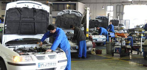 ارائه خدمات پس از فروش خودروسازان بلای جان مشتریان/ خودرویی که بعد از ۲۱ روز همچنان در دست تعمیر است/ اگر ضبط خودرو کار نمیکند شامل گارانتی نمیشود!