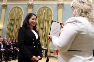 اولین وزیر افغانتبار کانادا در ایران متولد شده