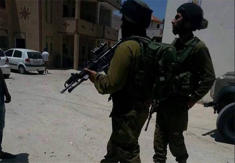 یک نظامی صهیونیست در نابلس اسیر شد
