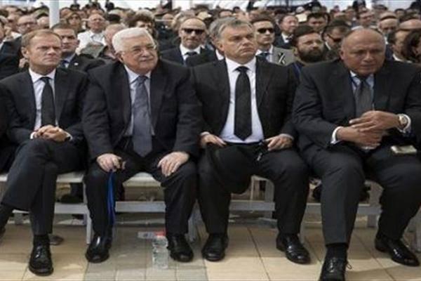 واکنش فلسطینیها به مشارکت عباس در تشییع جنازه شیمون برز