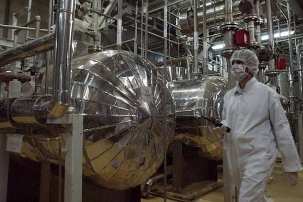 هیلاری کلینتون: اسرائیل توانایی نابودی تاسیسات هسته ای ایران را ندارد