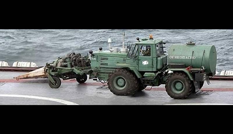 این کامیون با موتور جنگنده روی ناو روسی چه می کند؟ + عکس