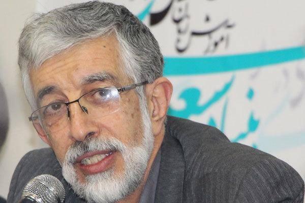 حداد عادل: خط و زبان فارسی در فضای مجازی در خطر نابودی است