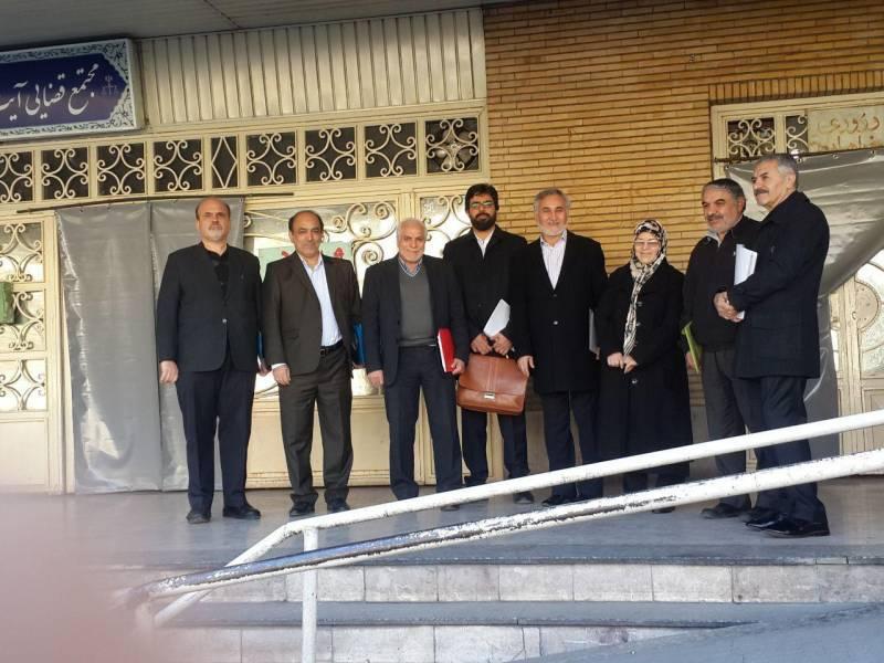 ۷ فعال سیاسی اصلاح طلب در دادگاه انقلاب حاضر شدند + عکس