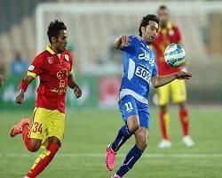 فخرالدینی بازی با استقلال را از دست داد