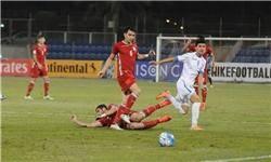 تیم ملی فوتبال جوانان در یک بازی دوستانه به میدان میرود