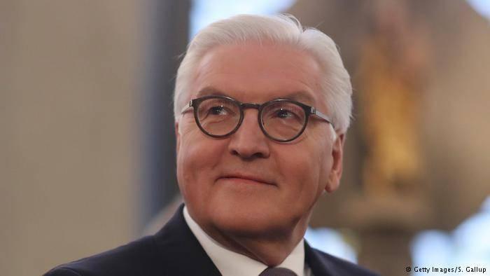 * فرانک  والتر اشتاین مایر به مقام ریاست جمهوری آلمان انتخاب شد  * نتایج اولیه همه پرسی سوئیس؛ ۵۵ درصد موافق تسهیل قوانین شهروندی