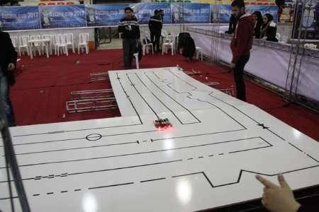 مسابقات ملی رباتیک در آستارا جولانگاه طرح های نوین مخترعان ایرانی