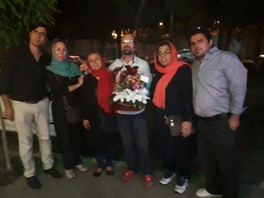 همزمان با روز جهانی کارگر، بهنام ابراهیم زاده، فعال کارگری از زندان رجایی شهر کرج آزاد شد. بهنام ابراهیم زاده سومین بار در خردادماه ۱۳۸۹ بازداشت شده و حکم ۵ سال زندان گرفته بود