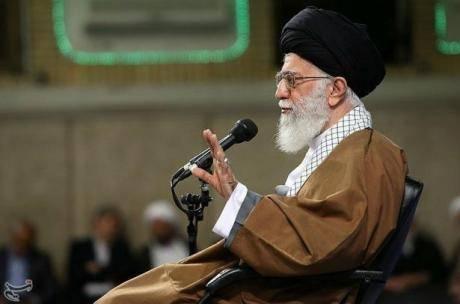انتقاد خامنهای از اجرای سند آموزشی یونسکو در ایران