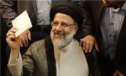 تحکیم مواضع اصولگرایان در آستانه انتخابات روز جمعه/رئیسی،اصلیترین رقیب روحانی شد