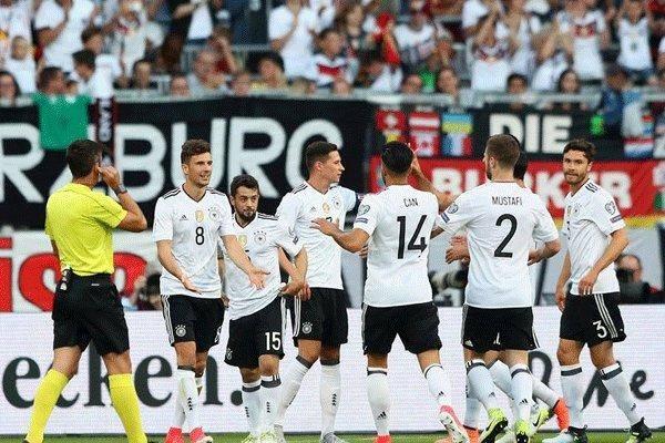 آلمان با ۷ گل سن مارینو را در هم شکست