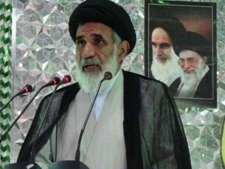 امام جمعه کاشمر توهین به رئیس جمهوری را محکوم کرد