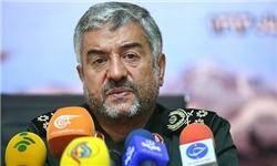 نمیتوانیم نسبت به نیازهای انقلاب و مردم بیتفاوت باشیم/ جایجای ایران عرصه خدمترسانی سپاه به مردم است