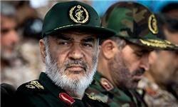 بساط داعش را جمع میکنیم/ انتقام ما سخت خواهد بود/ قدرت سپاه پشتوانه دیپلماسی ماست/ آمریکا آرزوی بازدید از مراکز نظامی ایران را به گور میبرد