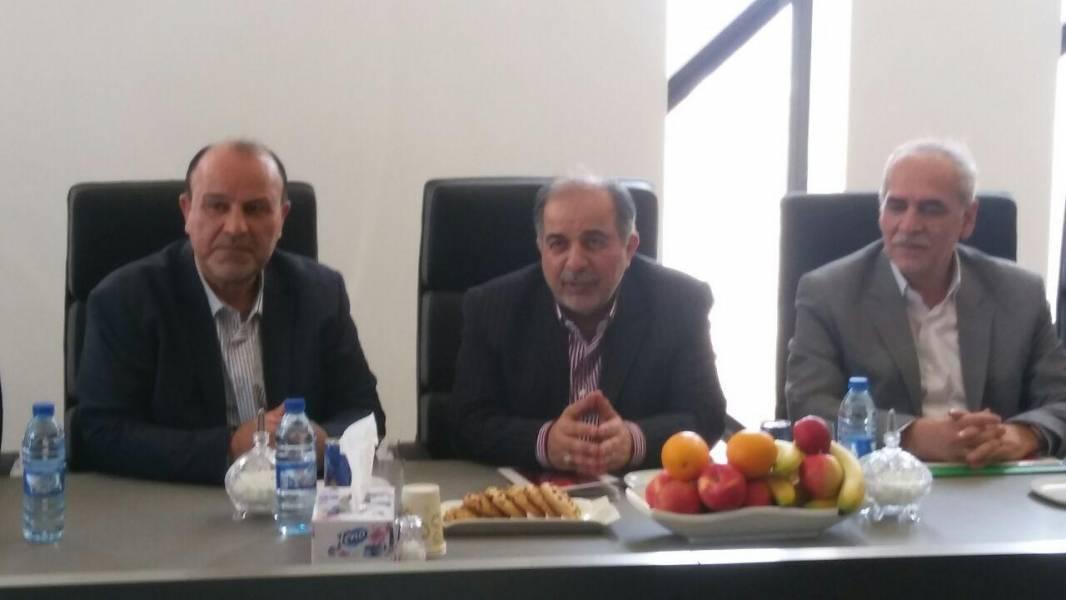 مدیرعامل بانک کشاورزی: توسعه 1580 هکتار واحد گلخانه ای در برنامه است
