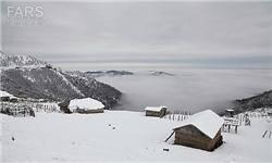 نخستین برف پاییزی ارتفاعات کلاردشت را سفیدپوش کرد