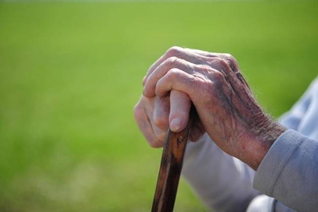 سالمندی سالم خواهیم بود؛ با تغذیه درست، تحرک کافی و نه به دخانیات