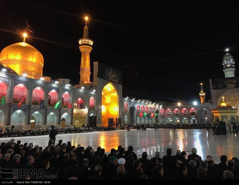 مشهد - خطبه خوانی شب عاشورا در حرم مطهر رضوی