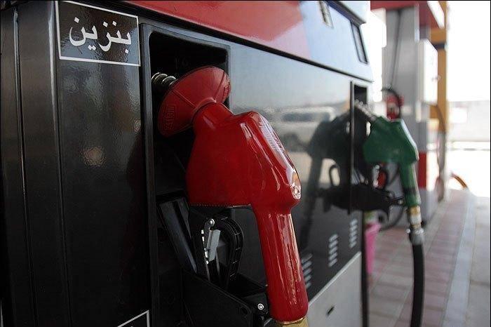قیمت بنزین در سال 97 افزایش می یابد؟/سیستم حمل و نقل نامناسب مانع از کنترل مصرف بنزین می شود