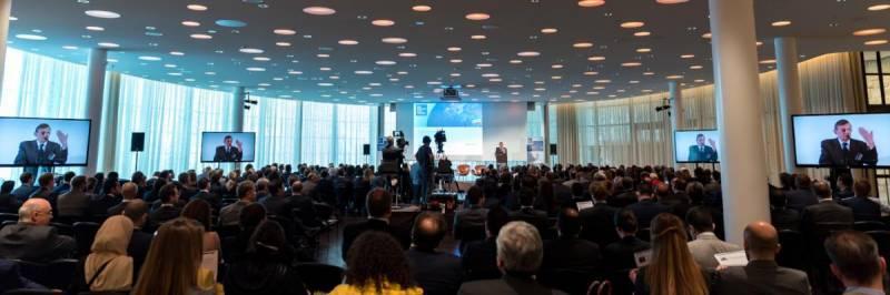 مجمع ایران و اروپا در زوریخ/ توسعه پساتحریم با پشتوانه برجام