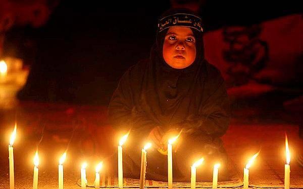 شمع گردانی شام غریبان در آستارا