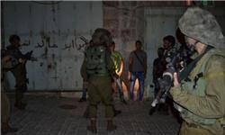 رژیم صهیونیستی چندین قبضه سلاح در کرانه باختری ضبط کرد