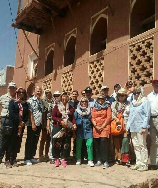21 هزار گردشگر خارجی از روستای ابیانه بازدید کردند