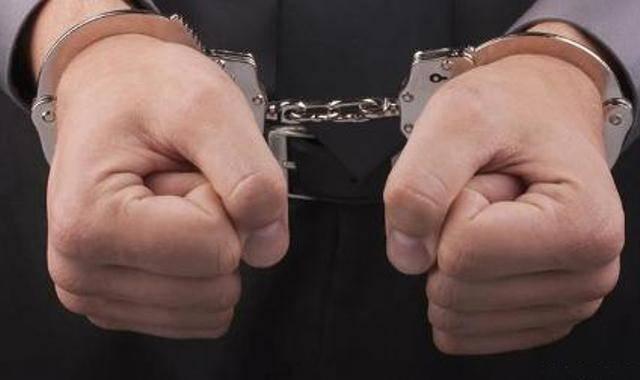 عامل قتل شب گذشته درگناوه دستگیر شد