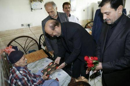 استاندار قزوین: کرامت انسانی سالمندان باید حفظ شود