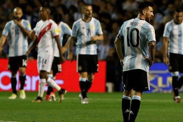 توقف آرژانتین برابر پرو/لیونل مسی در آستانه از دست دادن جام جهانی