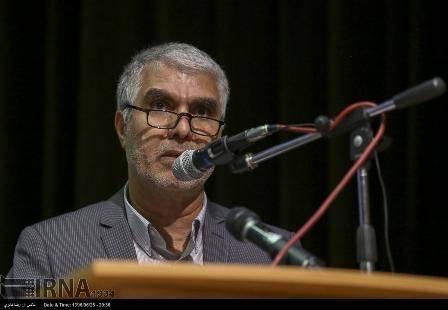 استاندار فارس: نگاه نیروی انتظامی در تامین امنیت باید مردم محور باشد