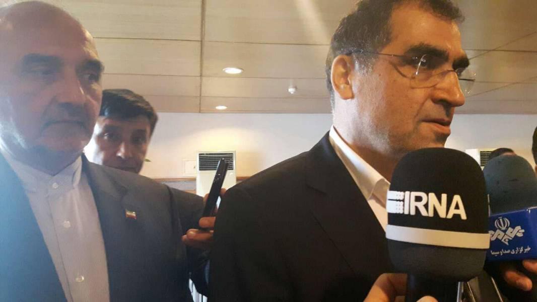 وزیر بهداشت و درمان:صادارت دارو از ایران به پاکستان در سفر به اسلام آباد پیگیری می شود