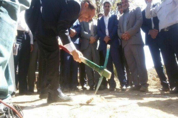 کلنگ زنی طرح ساختمان آتش نشانی در روستای گوشه شهرستان بویراحمد
