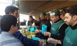 خدمات ۲۴ ساعته موکبها هنگام بازگشت زائران/ توزیع روزانه ۴۷ هزار وعده غذا در مرز مهران